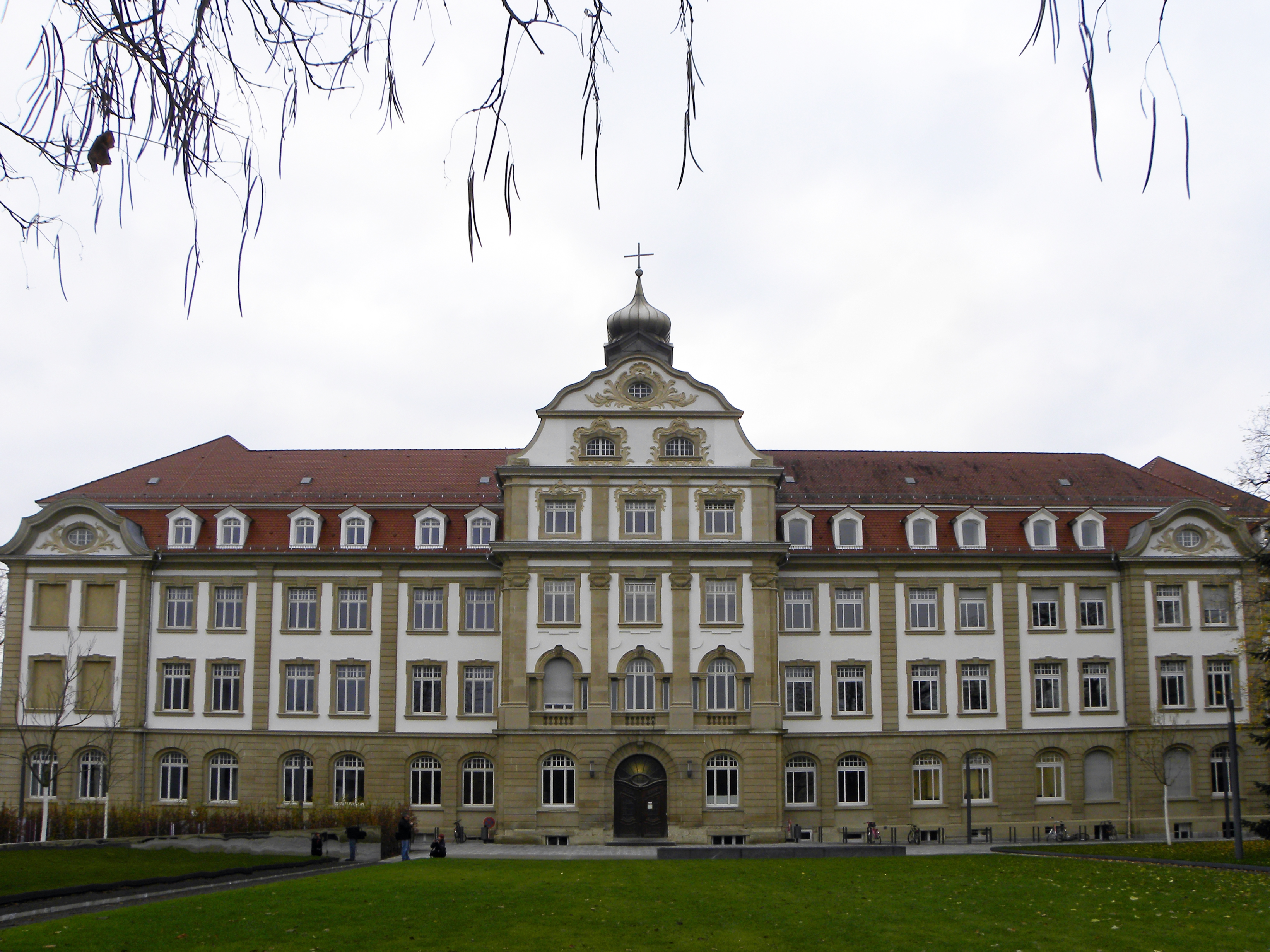 karlsruhe_-_institute_of_technology_-_victoriapensionat_i